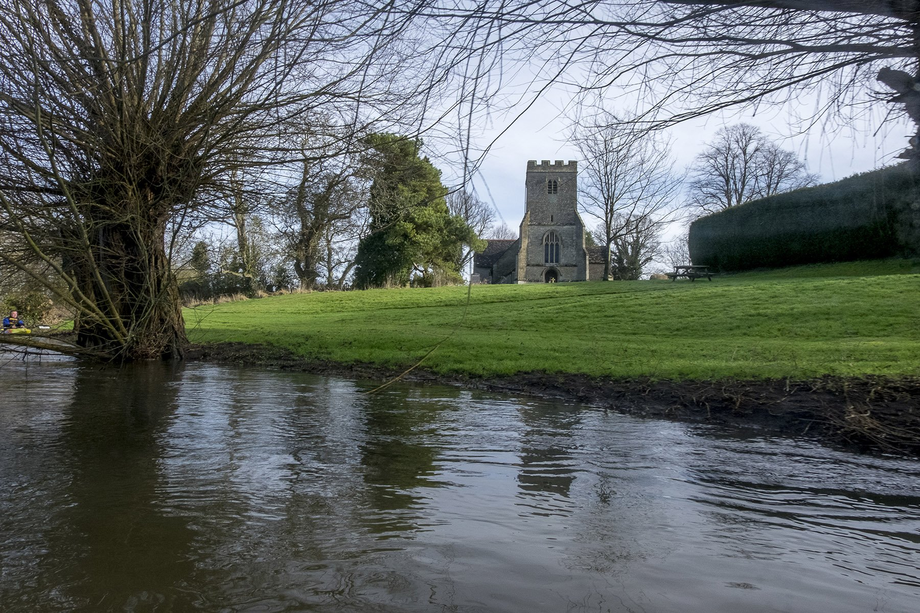 Read more about the article The Thames from Castle Eaton to a few miles downriver of Kempsford